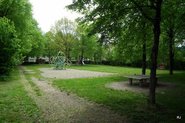 Spielplatz, Dudweiler, Tierbachstraße
