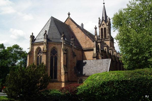 Kath. Kirche, St. Marien, Dudweiler, Kirchenstr.