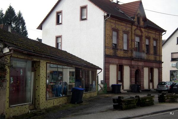 Marktstraße mit ehemaligem Geschäft
