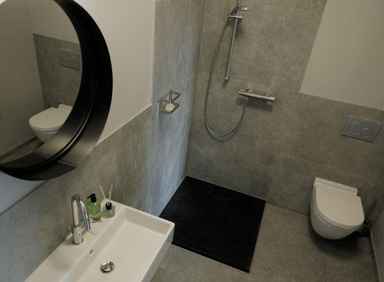 Klosterhof1595 Retro Ferienwohnung Badezimmer