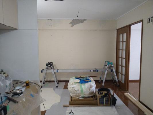愛知県名古屋市の中古マンションの激安クロス張替え工事