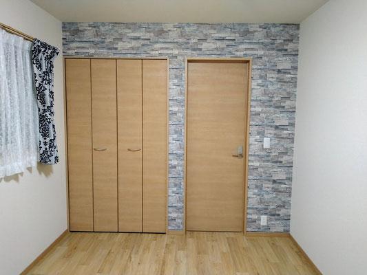 イクメンリフォームによる岐阜県岐阜市の住宅の激安壁紙張替え