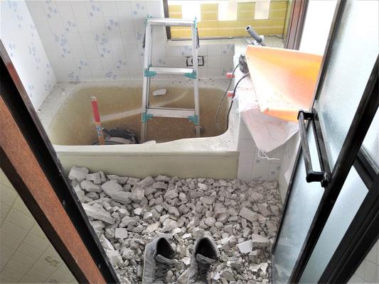 イクメンリフォームにより愛知県春日井市のお風呂・システムバスの激安リフォーム