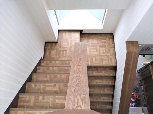 イクメンリフォームによる、愛知県春日井市の階段の床のリフォーム