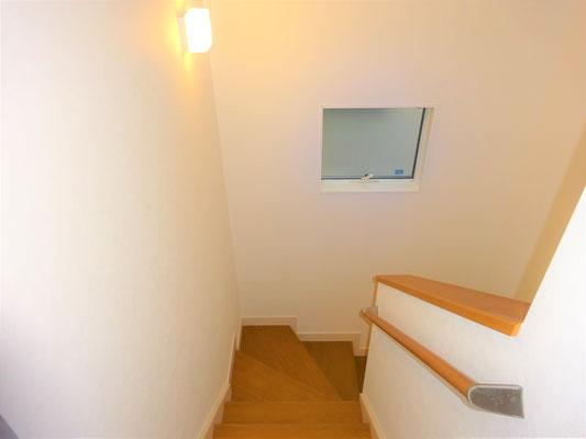 イクメンリフォームによる、愛知県名古屋市の住宅の激安壁紙クロス張替え