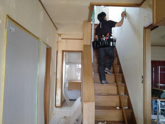 愛知県一宮市 住宅の激安壁紙張替え