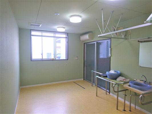 岐阜県岐阜市 老人介護施設の床のSFフロア-張替え