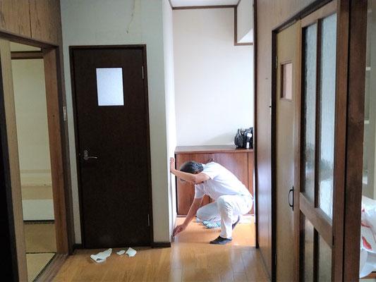 岐阜県大垣市の空き家の激安リフォーム中!