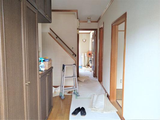 岐阜県大垣市の中古住宅の激安壁紙張替え