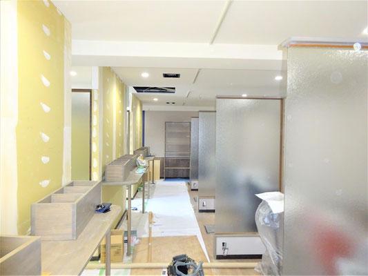 イクメンリフォームの美容室の激安内装・改装工事