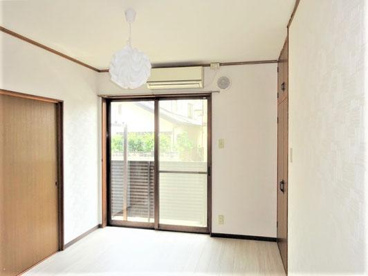 イクメンリフォームによる愛知県一宮市のアパート激安クロス張替え