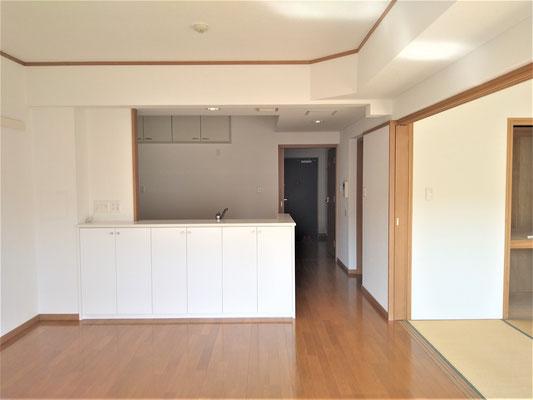 岐阜県各務原市のマンションの激安壁紙張替え