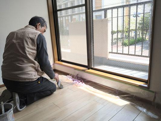 愛知県名古屋市 アパートの激安リフォーム中!