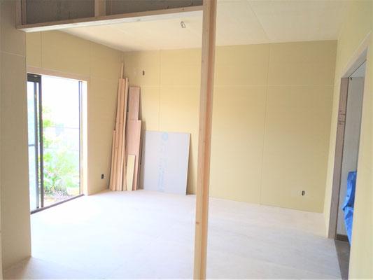 イクメンリフォームによる愛知県名古屋市の二世帯住宅の激安リフォーム中!