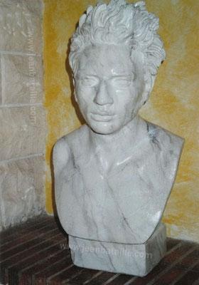 Statue de plâtre en faux-marbre blanc veiné