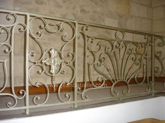 Balcon d'intérieur : peinture cuivre et patine