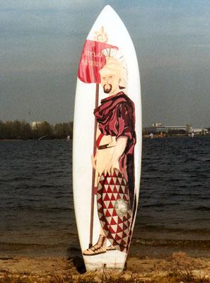 Décor  en peinture polyuréthane sur planche de surf