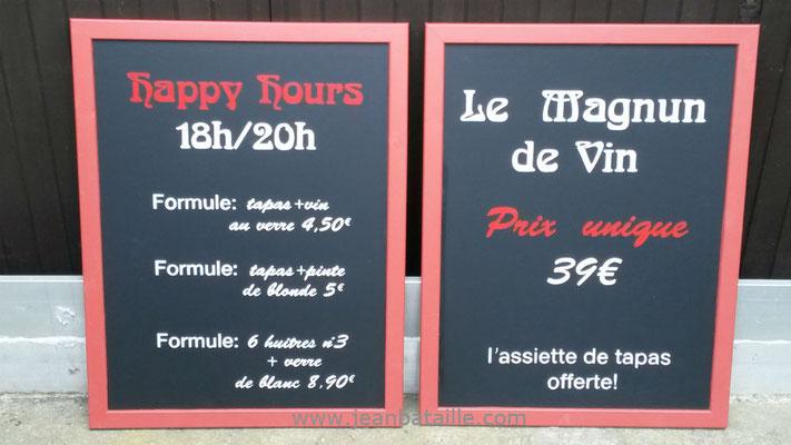 panneaux en ardoisine pour menu  extérieur de restaurant