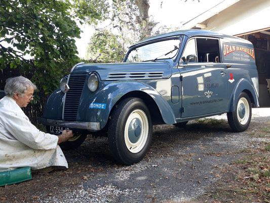 Juvaquattre Renault 1956