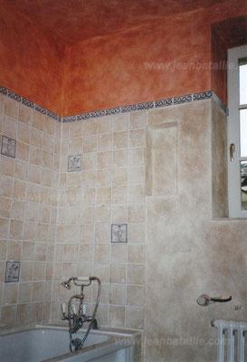 patine de chaux à une couche et cirée pour salle de bain