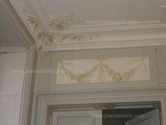 Fronton peint et décoration en glacis