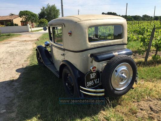 Plaques d'immatriculation en lettres peintes Peugeot 201 de 1930