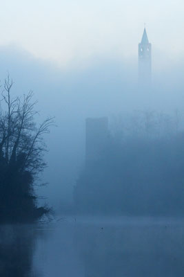 campanile nella nebbia (Trezzo d'Adda)