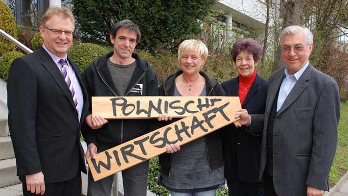 """Schlossbergbühne Scherstetten. Erlös aus Theateraufführung """"Polnische Wirtschaft"""""""