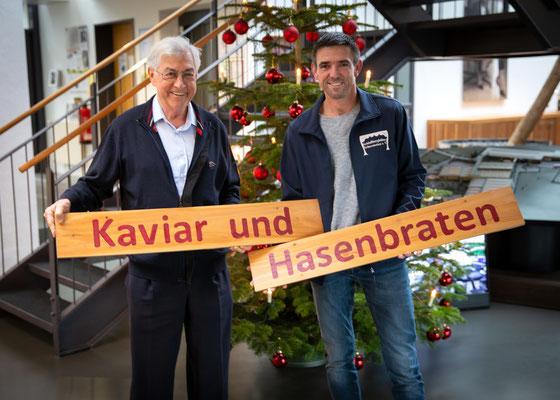 Erneut unterstützte die Schlossbergbühne Scherstetten die Michael Wagner Stiftung. 500 € konnten dem Stiftungskonto gutgeschrieben werden. Auf dem Bild Michael Wagner und Armin Kraus