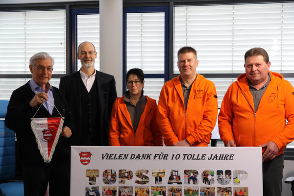 Zum 10-jährigen Jubiläum des TOPSTAR-Junior-Cup (TSV Fischach e.V.) gab es eine großzügige Spende von 2.500 €