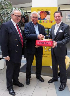 Rotary-Club Augsburg-Fuggerstadt. Großzügige Spende der Mitglieder an die Stiftung