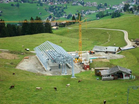 """Baustelle für die neue Gondelbahn """"Stöfeli"""" - Talstation"""