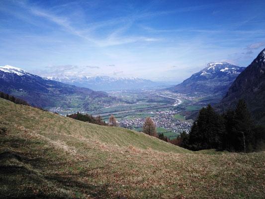 Im Tal unten Mäls und Balzers