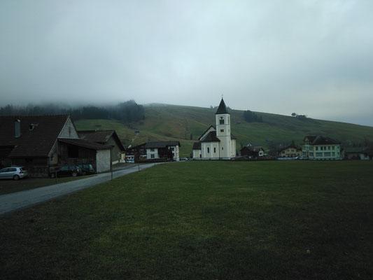 Brülisau unter der Nebeldecke