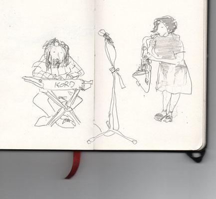 die Musiker am Tag der Eröffnung, Zeichnung: Christian Zsagar