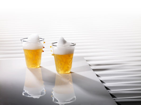 Zwiebelsuppe mit Parmesanschaum...Becher FiFo......Heiko Antoniewicz © Ralf Müller http://www.rmfd.de