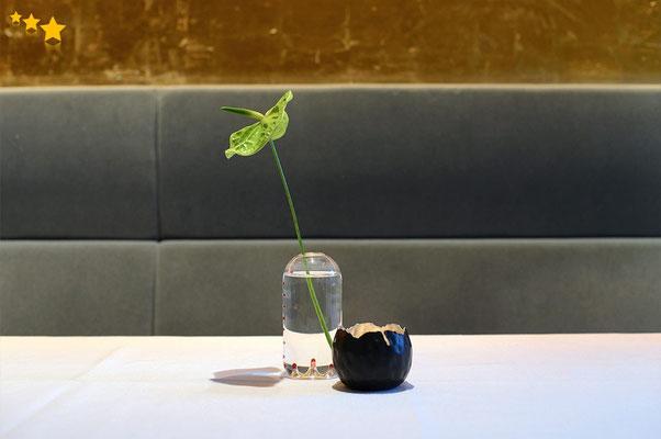 "Vase ""ZigZag"" bei Carmelo Greco, Frankfurt"