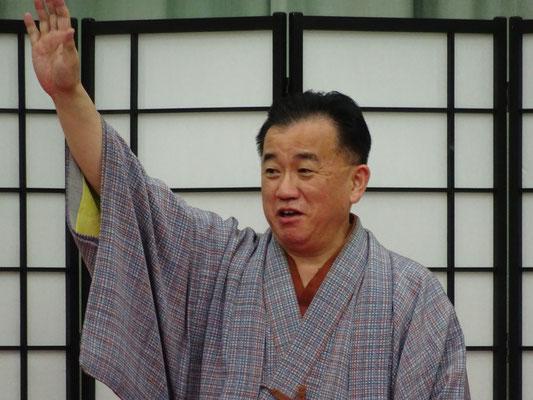 桂文我さんの講演では会場一杯に笑いが!