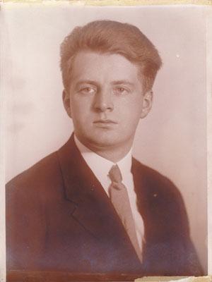 Leopold Riedl v. Iwo