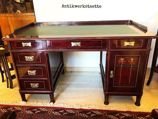 Thonet Schreibtisch