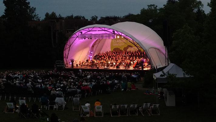 Klassik Open Air, Bühne, Open Air Bühne mieten, Classic Open Air, Konzertmuschel, Orchester