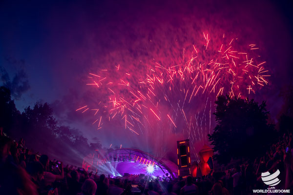 Feuerwerk, WCD, Pool Session, World Club Dome, Bühne,