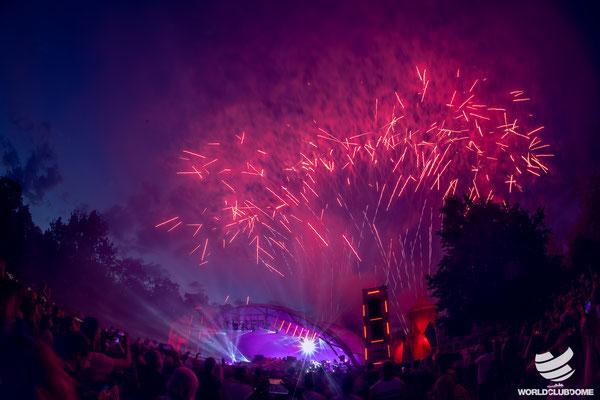 Feuerwerk, WCD, Pool Session, World Club Dome, Bühne mieten