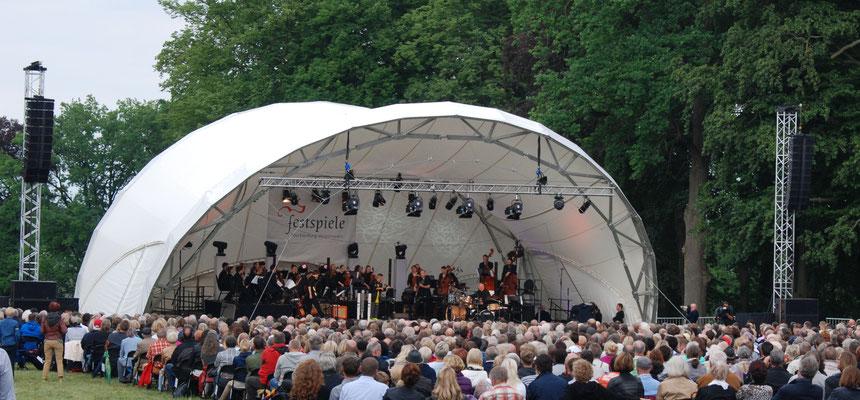 Nigel Kenedy, Klassik Open Air, Open Air Bühne mieten, Open Air Konzert, Konzertmuschel