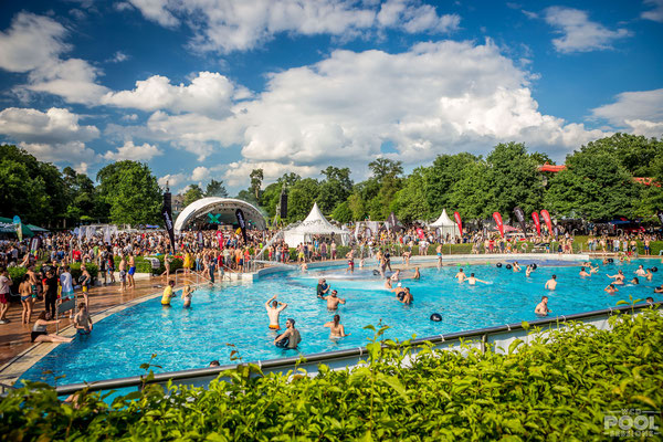 World Club Dome, Open Air Bühne, Pool Sessions, Symphonic Stage, Bühne mieten,