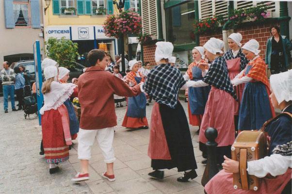 Avel Dro - Abadenn Ar Vugale - 1998 - Châteaulin