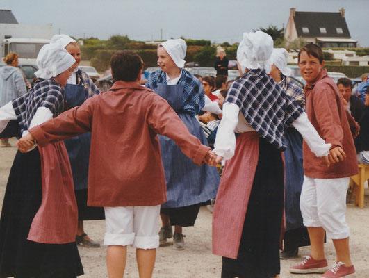 Avel Dro Bagad Pagan - Fête des goémoniers à Plounéour-Trez 14 juillet 99