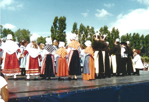 AVEL DRO - BAGAD PAGAN - Kann Al Loar 2000 - Landerneau