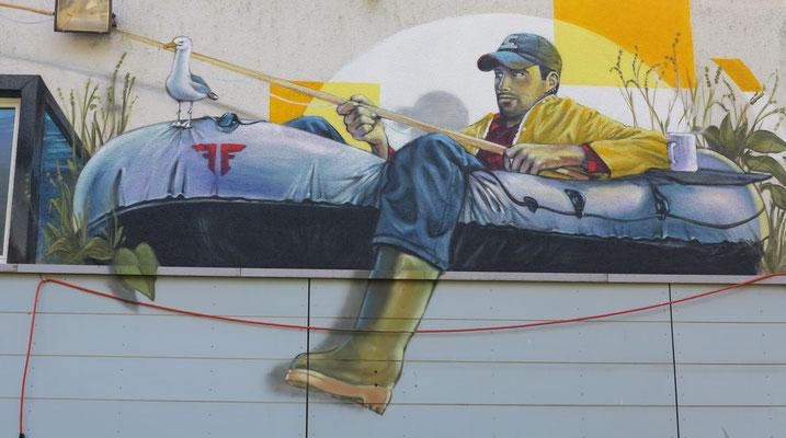 Mural Fisher, including print on window. Fischers Fritz Zurich