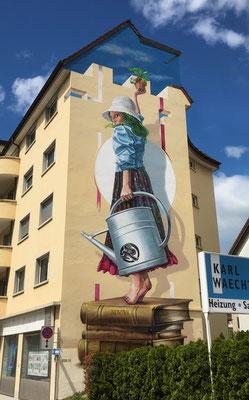 Mural Lucia, 2019. Forchstrasse 41, Zurich. 5.5m x 16.0m. Acrylic and Spraycan